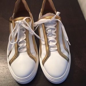 Stuart weitzman tennis shoes